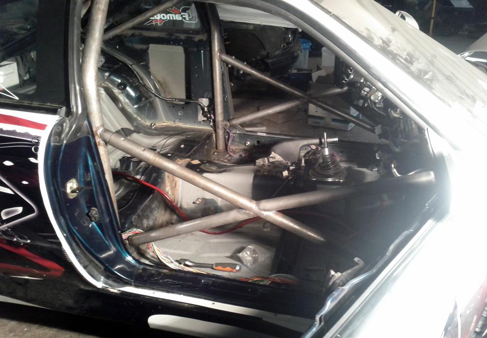 Un arceau drift pour la S14